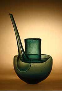 Ci-dessus : alambic japonais de l'ère d'Edo (photo internet)